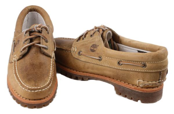 Leather Boat Shoes Women's 9 M. р zoom