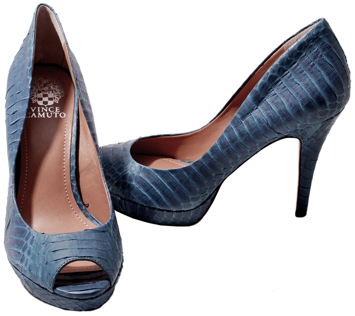 Vince Camuto Womens Shoes Winter White or Ocean Blue Suede