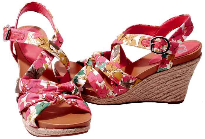 Gianni-Bini-Womens-Shoes-Multi-Floral-Print-Fabric-The-Date-Wedge-Heel